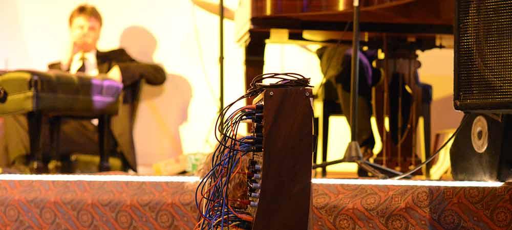 Dann Green's sound machine [photo: JC CLinefelter]